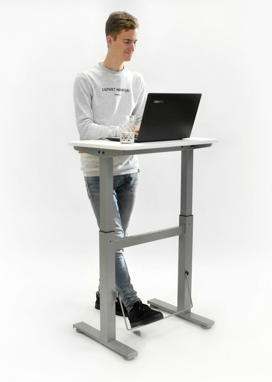 sta-zit bureau bouncydesk | kies voor een gezonde werkplek bezoek Worktrainer.nl