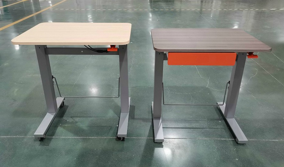 sit stand desk bouncydesk | choose a healthy workplace visit Worktrainer.com