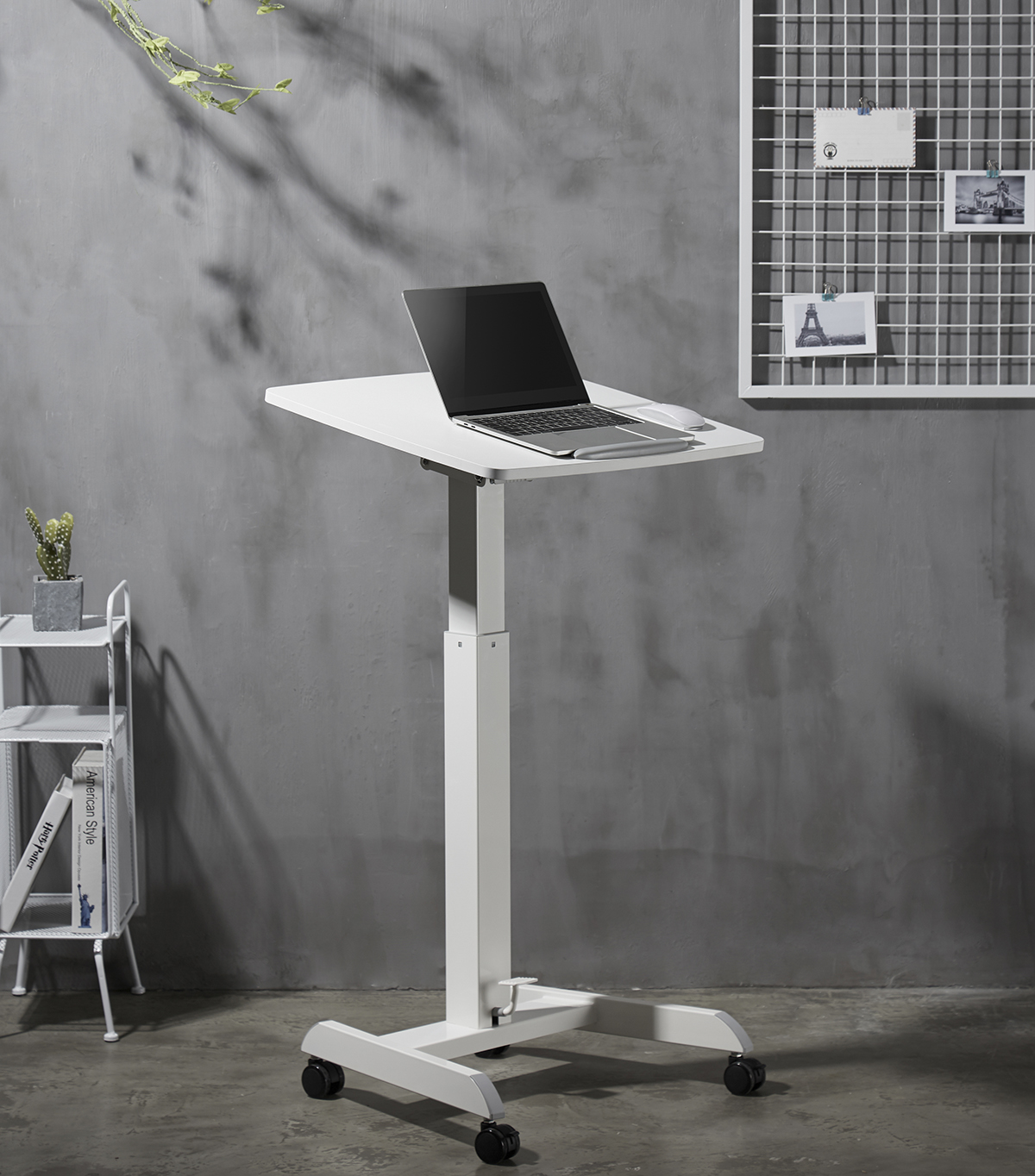 sta-zit bureau MobiSpot | kies voor een gezonde werkplek bezoek Worktrainer.nl