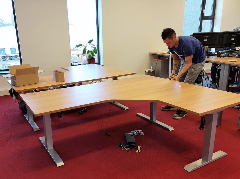 Steelforce 471 hoekbureau | kies voor een gezonde werkplek bezoek Worktrainer.nl