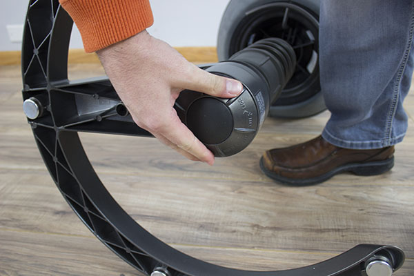 Aeris Swopper Ergonomic stool | sit and exercise behind your desk | choose a healthy work place visit Worktrainer.com