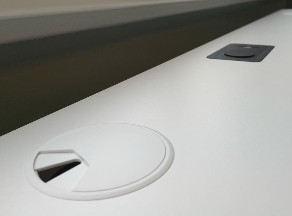 Kabeldoorvoer Elements zit-sta bureau