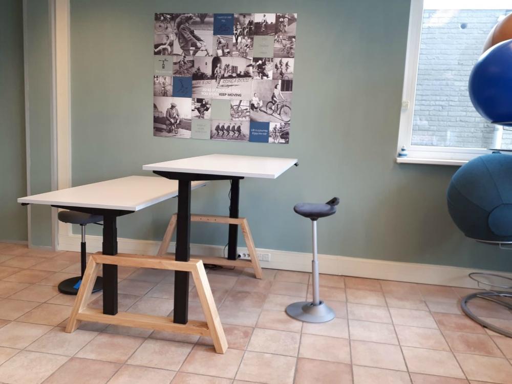 bureau stastoel Oak desk workbench  dubbel zit sta bureau | kies voor een gezonde werkplek bezoek Worktrainer.nl
