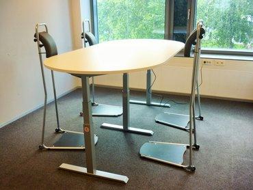 Vergaderen met Stand4Work en de S460XL tafel