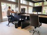 Workbench met wangen   | wissel staan en zitten achter je bureau af | Worktrainer.nl