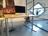 S470 stabureau | wissel staan en zitten achter je bureau af | Worktrainer.nl