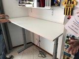 Linak zit-sta bureau | kies voor een gezonde werkplek bezoek Worktrainer.nl