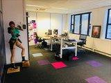 S2h bench wit frame   | wissel staan en zitten achter je bureau af | Worktrainer.nl