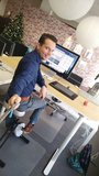 Sta bureau met bureaufiets l Deskbike bureaufiets | Fiets je fit achter je bureau | Worktrainer.nl