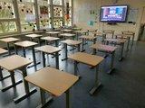 BouncyDesk zit positie schoolbureau | kies voor een gezonde werkplek bezoek Worktrainer.nl