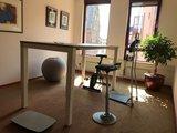 Muvman stof l Muvman stastoel   Ergnomische beweegkruk om fit te blijven op je werk   Worktrainer.nl
