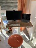 OneLeg zit-sta bureau | Staan achter je bureau | Worktrainer.nl