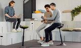 Zit-sta stoel aeris muvman leer worktrainer.nl