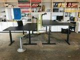 Elektisch Zit-Sta Hoekbureau - SteelForce 471 - Worktrainer.nl