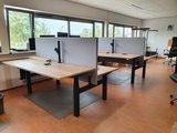 Dubbel Elektrisch Zit-Sta Bureau - SteelForce 470  2 aan elkaar geschakelde bureaus - Zeer stabiel - Worktrainer.nl