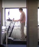 High position Walkdesk XL solo treadmill behind your desk Worktrainer.nl sit-stand desk treadmill active work move during work