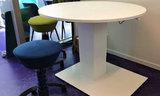 Elektric column meeting table Linak Bary Worktrainer.com