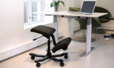 Wing  | balanskruk | wissel staan en zitten achter je bureau af | Worktrainer.nl
