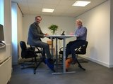 zit sta bureau Wand muurtafel | kies voor een gezonde werkplek bezoek Worktrainer.nl
