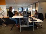 Deskbike in gebruik l Deskbike bureaufiets | Fiets je fit achter je bureau | Worktrainer.nl