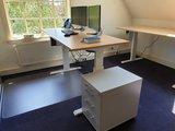 Aluforce 140 staand werken | wissel staan en zitten achter je bureau af | Worktrainer.nl
