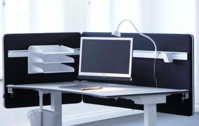 Screenz metaalversterkt en akoestisch tafelscherm