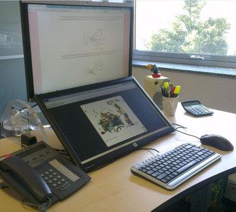 Monitorarm Down under Worktrainer.nl
